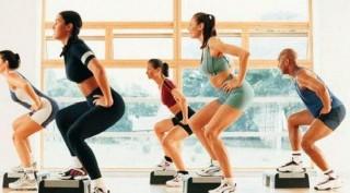 4-exercices-physiques-pour-bruler-100-calories-en-4-minutes-1200x667